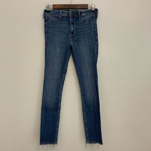 Hollister | High Rise Cropped Jeggings Size 5